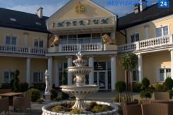 Отель в  Жешуве, 3 звезды