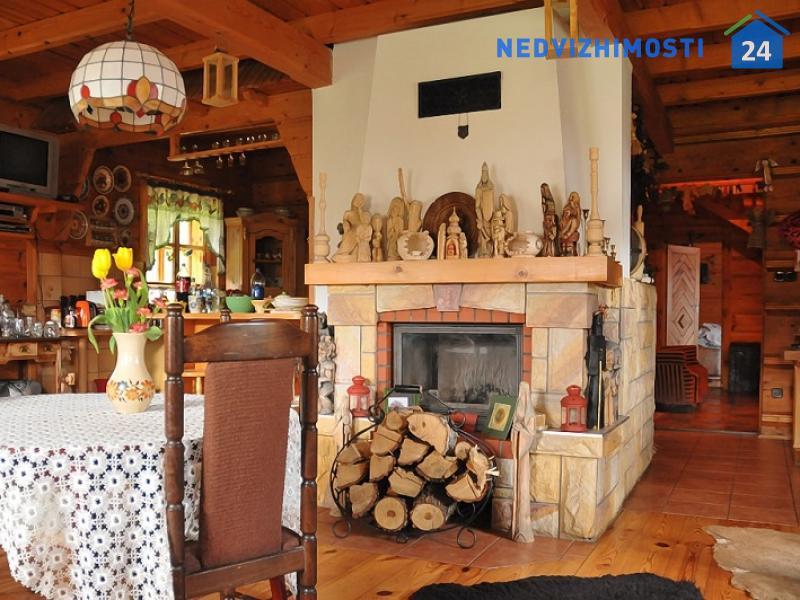 Дом в горах Бещады, Устшики-Дольне