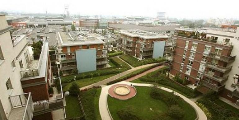 3-h-komnatnaya-kvartira-76-m2-katovitse 1