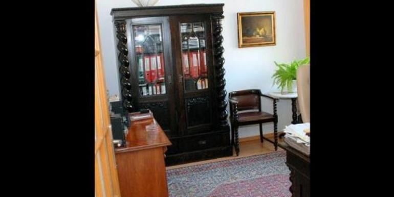 chastnyj-dom-197-m2-vrotslav 11