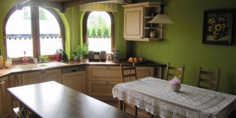dom-220-m2-na-ul-korkowej-chenstohova 3