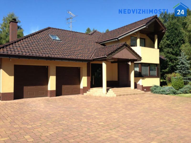 Дом 300 м2 в населенном пункте Konopiska, недалеко от Ченстохова