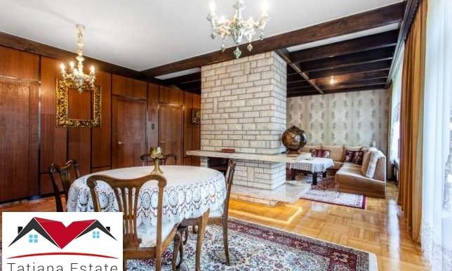 dom-s-krasivym-uchastkom-240-m2-katovitse 4