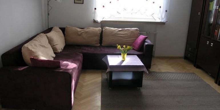 dvuhkomnatnaya-kvartira-48-m2-belostok 1