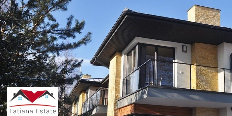 kvartira-s-dvorikom-v-novostrojke-82-m2-lodz 5