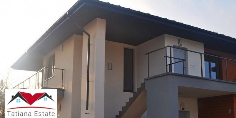 kvartira-s-dvorikom-v-novostrojke-82-m2-lodz 9