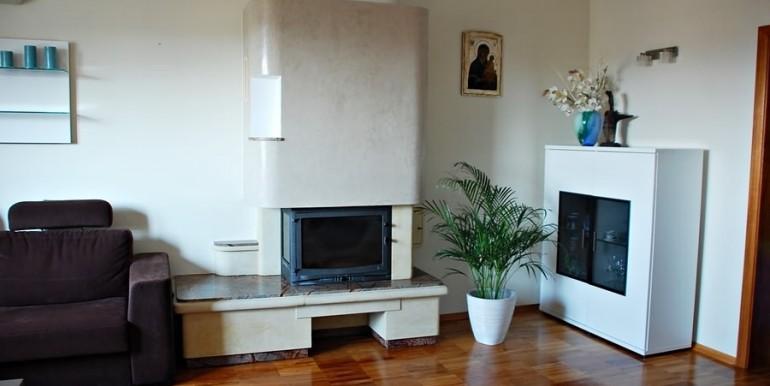 unikalnyj-dvuhurovnevyj-apartament-138-m2-zheshuv 3