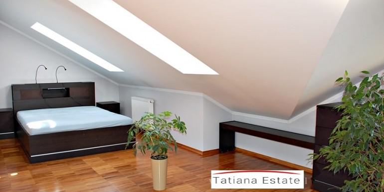 unikalnyj-dvuhurovnevyj-apartament-138-m2-zheshuv 5
