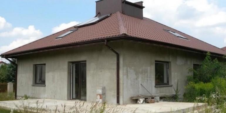 odnoetazhnyj-dom-nedaleko-ot-lodzi-160-m2-lodz 1