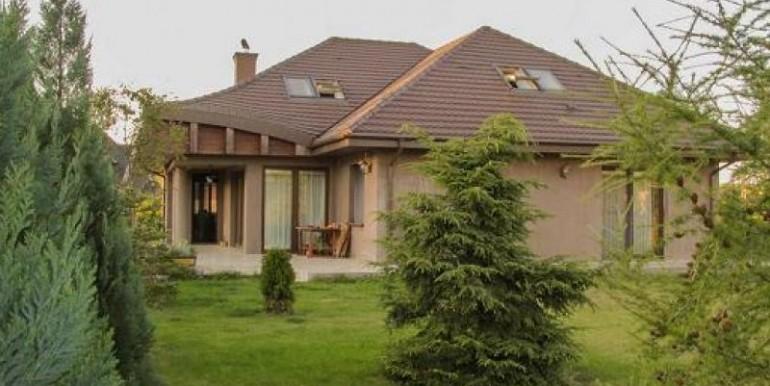 prezentabelnyj-dom-338-m2-gdynya 1