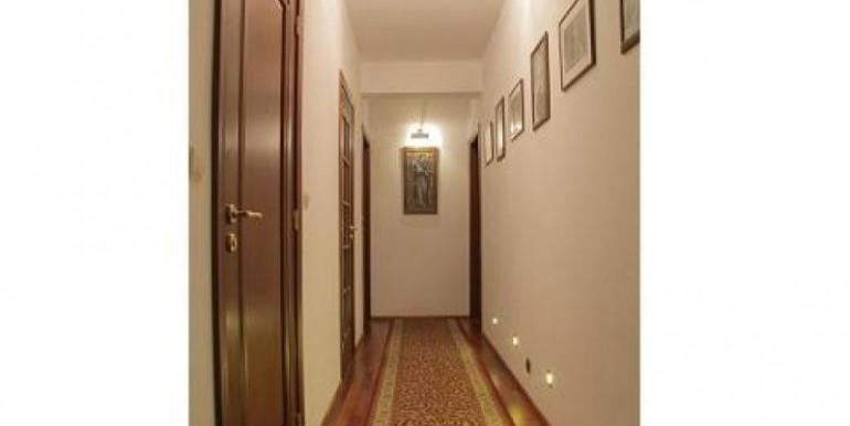 prezentabelnyj-dom-338-m2-gdynya 7