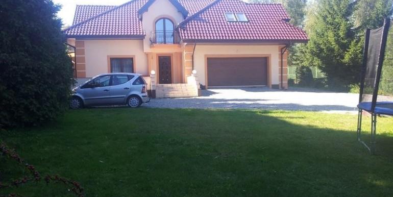 uyutnyj-dom-nedaleko-lodzi-350-m2 2