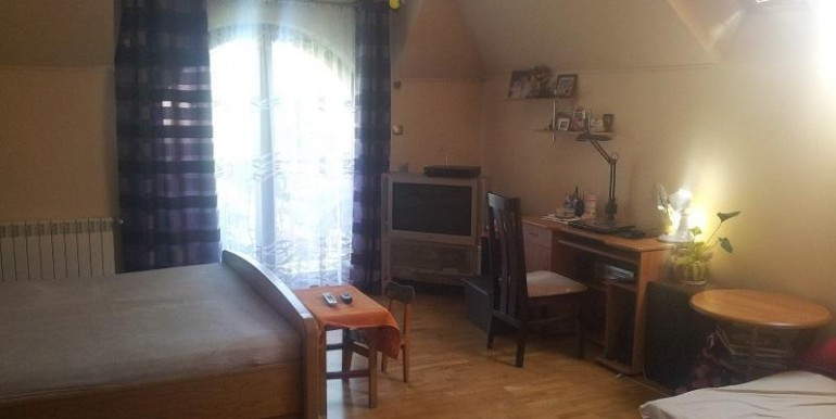 uyutnyj-dom-nedaleko-lodzi-350-m2 7