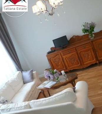 prostornyj-apartament-v-tsentre-katovits 3