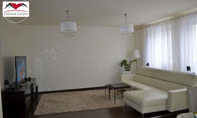 trehkomnatnaya-kvartira-64-m2-s-terrasoj-krakov 2