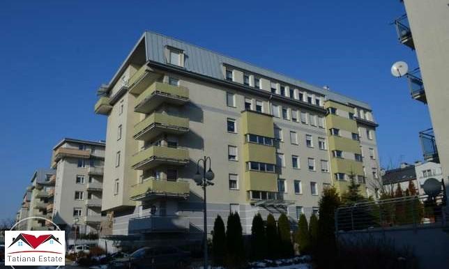 trehkomnatnaya-kvartira-64-m2-s-terrasoj-krakov 6