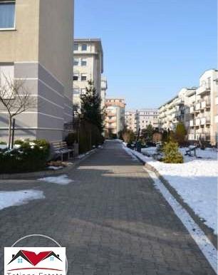 trehkomnatnaya-kvartira-64-m2-s-terrasoj-krakov 7
