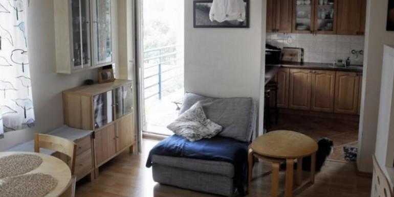 trehkomnatnaya-kvartira-v-krakove-74-m2 3