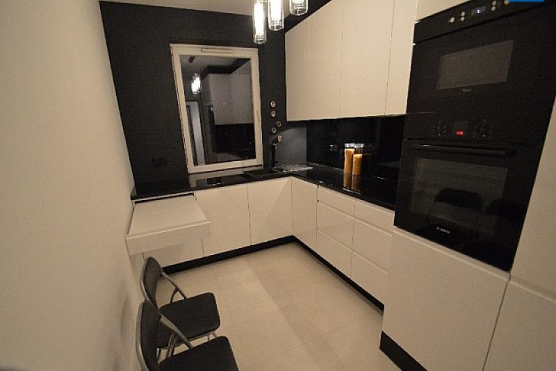 Продается квартира с современным элегантным ремонтом в Кракове, в доме 2008 г.п.