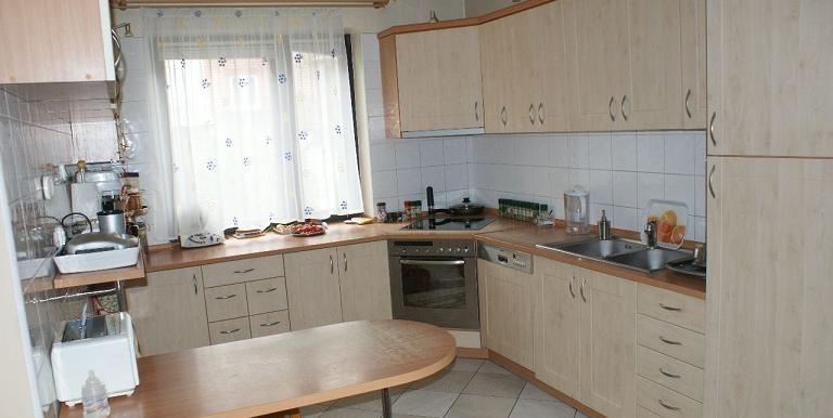 9661376_2_1280x1024_dom-410-m2-krakow-dodaj-zdjecia