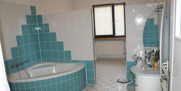 9661376_3_1280x1024_dom-410-m2-krakow-domy