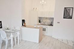 10243188_3_1280x1024_exclusive-2-pokoje-kamienica-metro-bezposrednio-mieszkania_rev001
