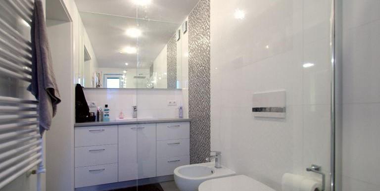 10412514_18_1280x1024_komfortowy-dom-ze-spa-i-ogrodkiem-_rev002