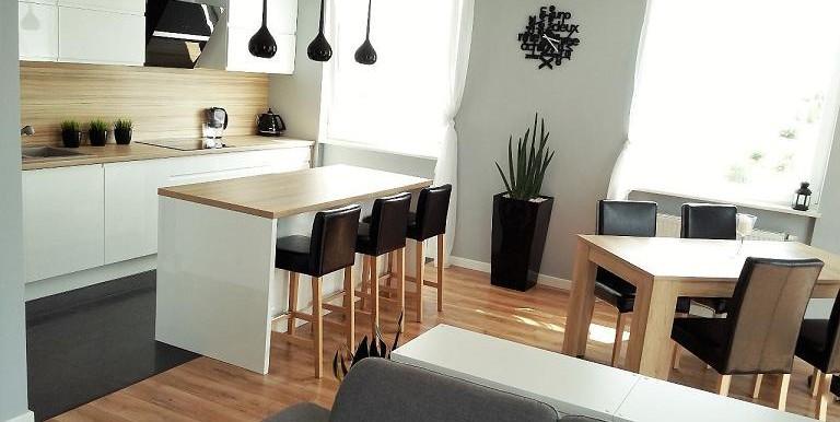 10424542_1_1280x1024_nowoczesne-piekne-mieszkanie-z-pelnym-umeblowaniem-gdansk