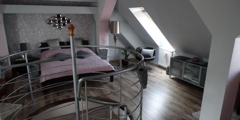 8989537_2_1280x1024_dwupoziomowe-mieszkanie-735m2-1048m2-dodaj-zdjecia_rev009