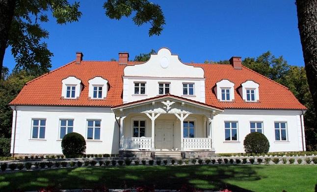 Роскошный дом-дворец недалеко от Ольштына 716 м2