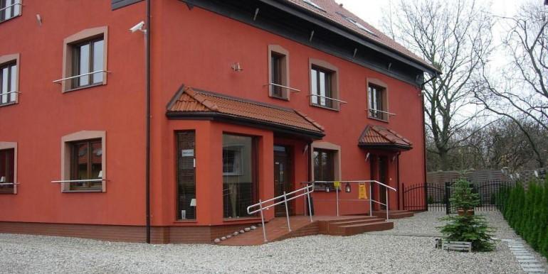11581728_1_1280x1024_dom-z-czescia-pensjonatowa-w-trojmiescie-gdansk