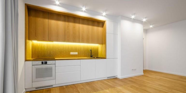 11610542_2_1280x1024_apartament-3-pokojowy-bezposrednio-muranow-dodaj-zdjecia