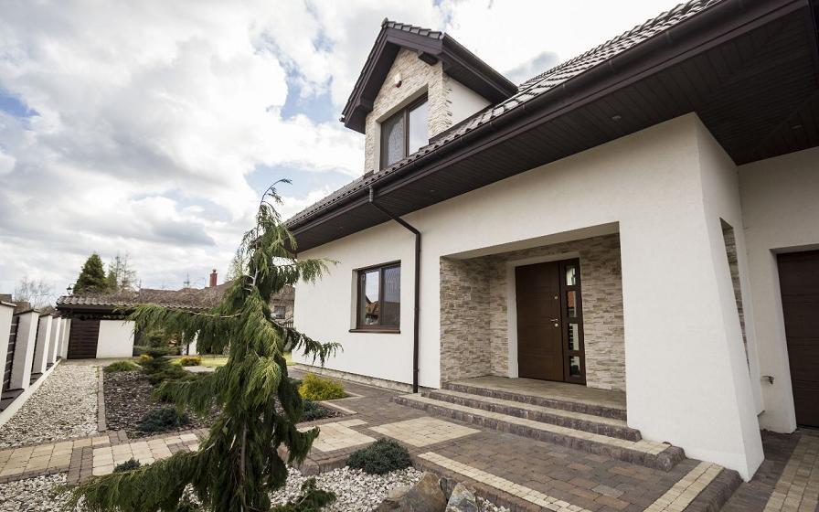 Современный дом недалеко от Варшавы 298 м2