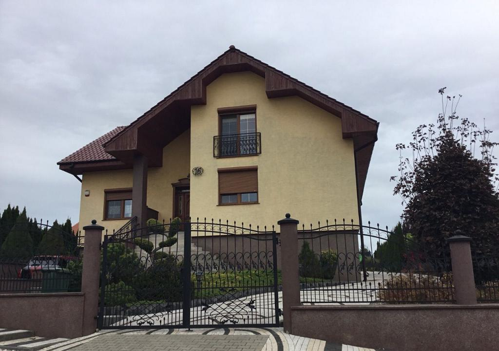 Шикарный дом недалеко от Пилы 420 м2
