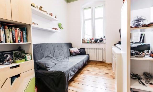12181524_15_1280x1024_klimatyczne-mieszkanie-875-m2-w-centrum-poznania-_rev005