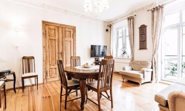 12181524_1_1280x1024_klimatyczne-mieszkanie-875-m2-w-centrum-poznania-poznan_rev005