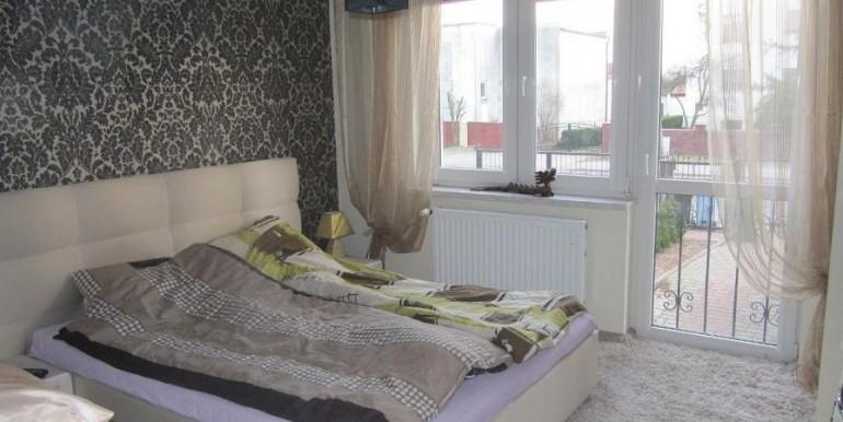 12220592_11_1280x1024_sprzedam-mieszkanie-z-tarasemogrodem-i-garazami
