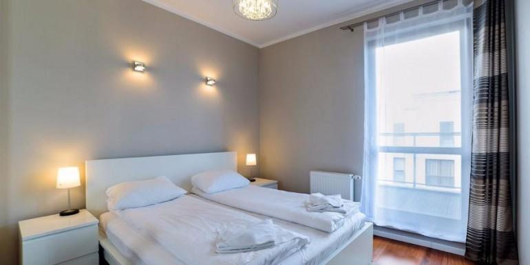 12231676_3_1280x1024_apartament-z-tarasem-na-3-cim-pietrze-bezposrednio-mieszkania