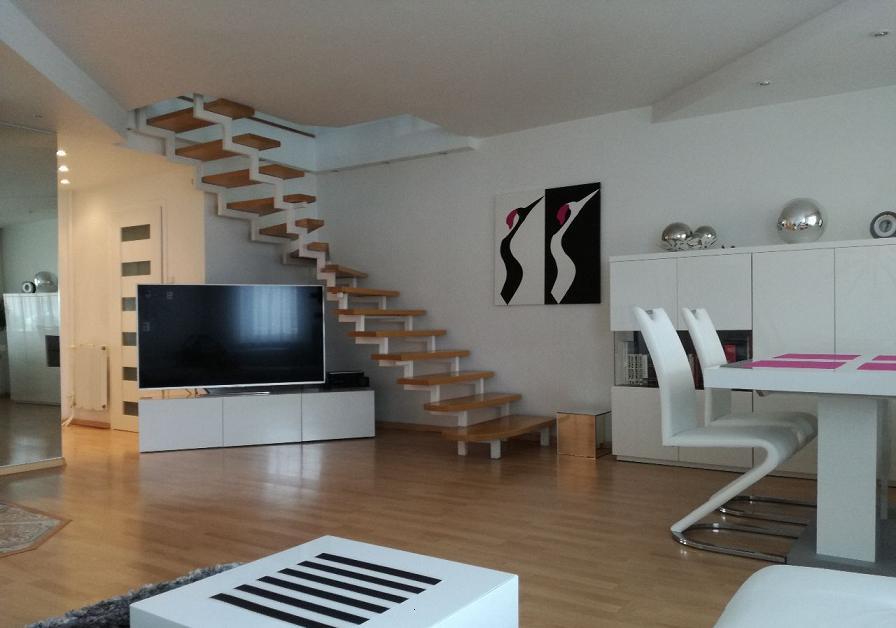 Красивая двухуровневая квартира 94 м2