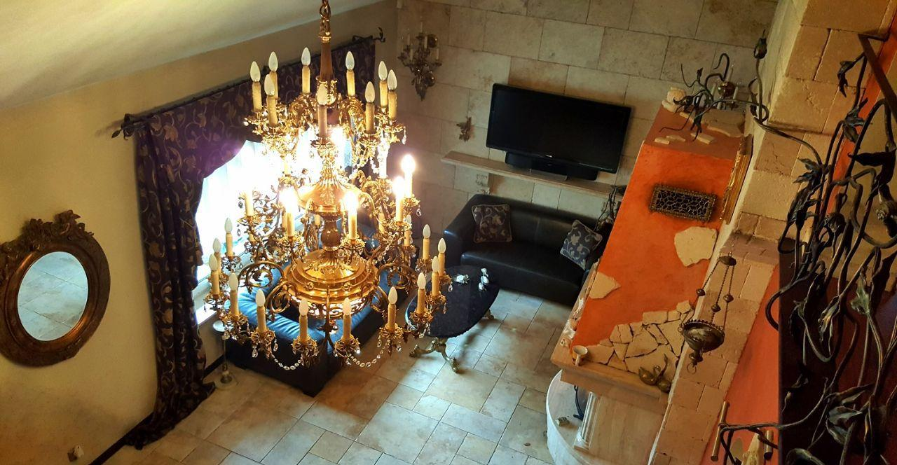 Роскошный дом в Марки 180 м2