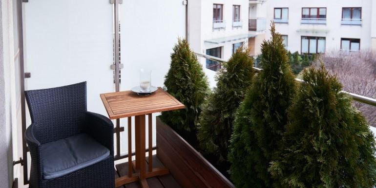 13368766_13_1280x1024_apartament-ul-bluszczanska-mokotow-bezposrednio