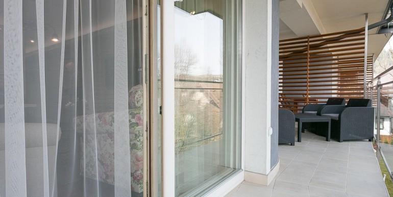 14153848_19_1280x1024_luxusowy-apartament-w-centrum-zakopanego-spabasen-_rev001