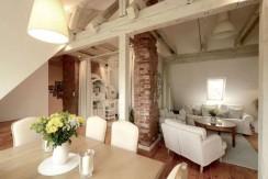Красивая квартира типа лофт 110 м2, Ольштын