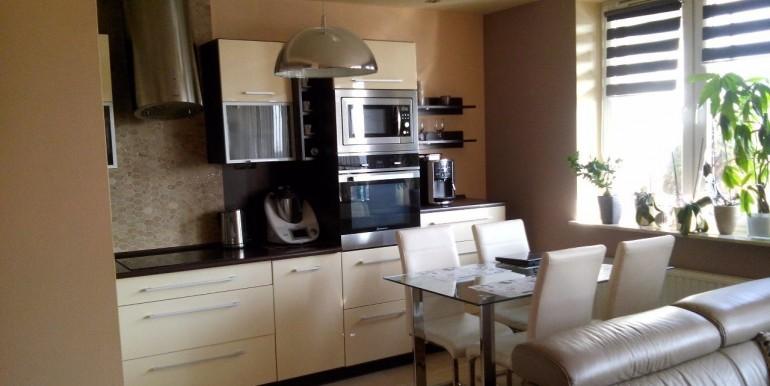 17395274_2_1280x1024_komfortowe-2-pokojowe-mieszkanie-staromiescie-dodaj-zdjecia_rev008
