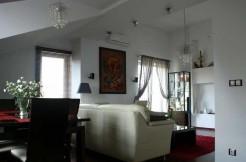 Квартира около Варшавы в Марки 84 m²