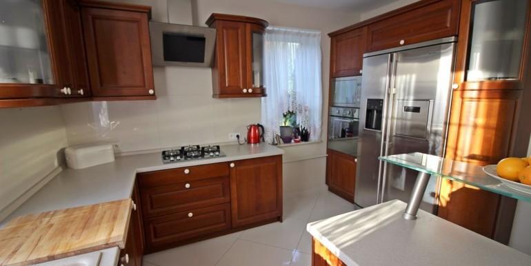 15760666_4_1280x1024_dom-10-minut-do-centrum-wysoki-standard-sprzedaz_rev001