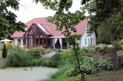 Красивый дом недалеко от озера 400 м2