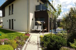 Дом с бассейном недалеко от Катовице 293 м2