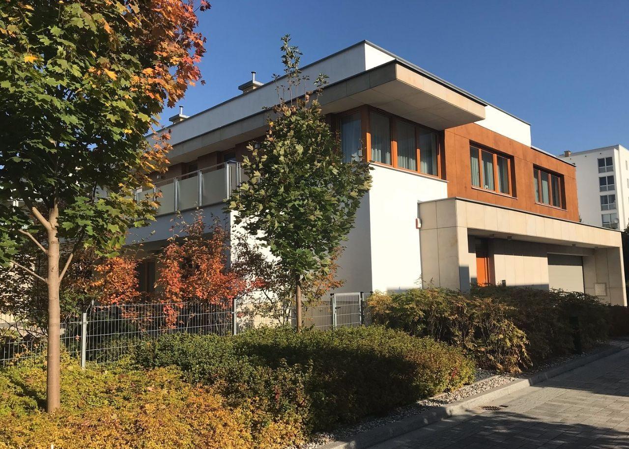 Дом в Варшаве 325 м2