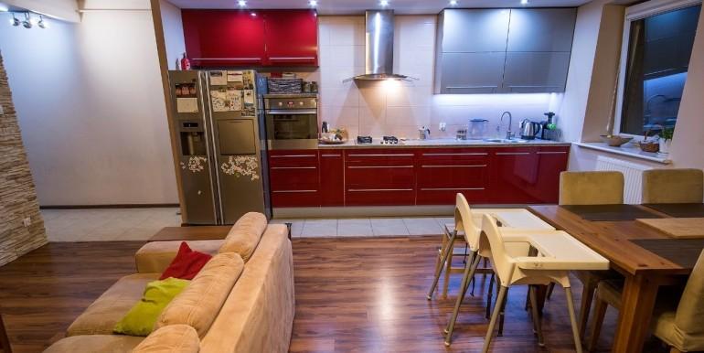 20101212_2_1280x1024_3-pokojowe-mieszkanie-ignatki-osiedle-dodaj-zdjecia